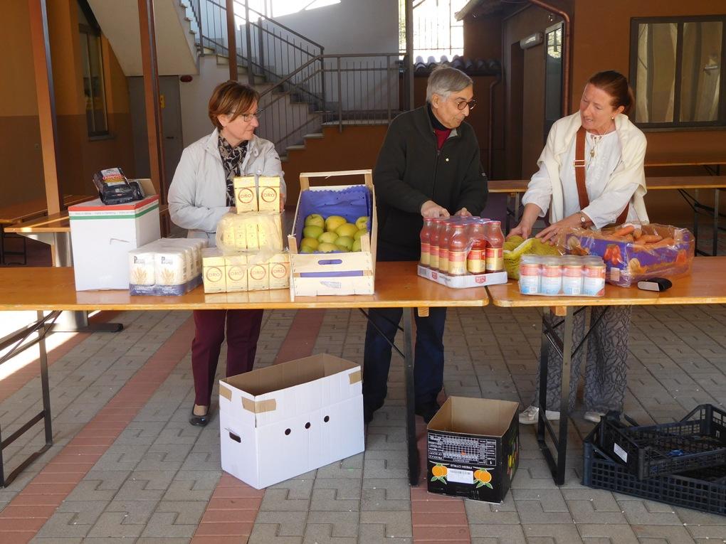 A Sangano l'Emporio di Mamma Margherita si apre ai nuovi poveri