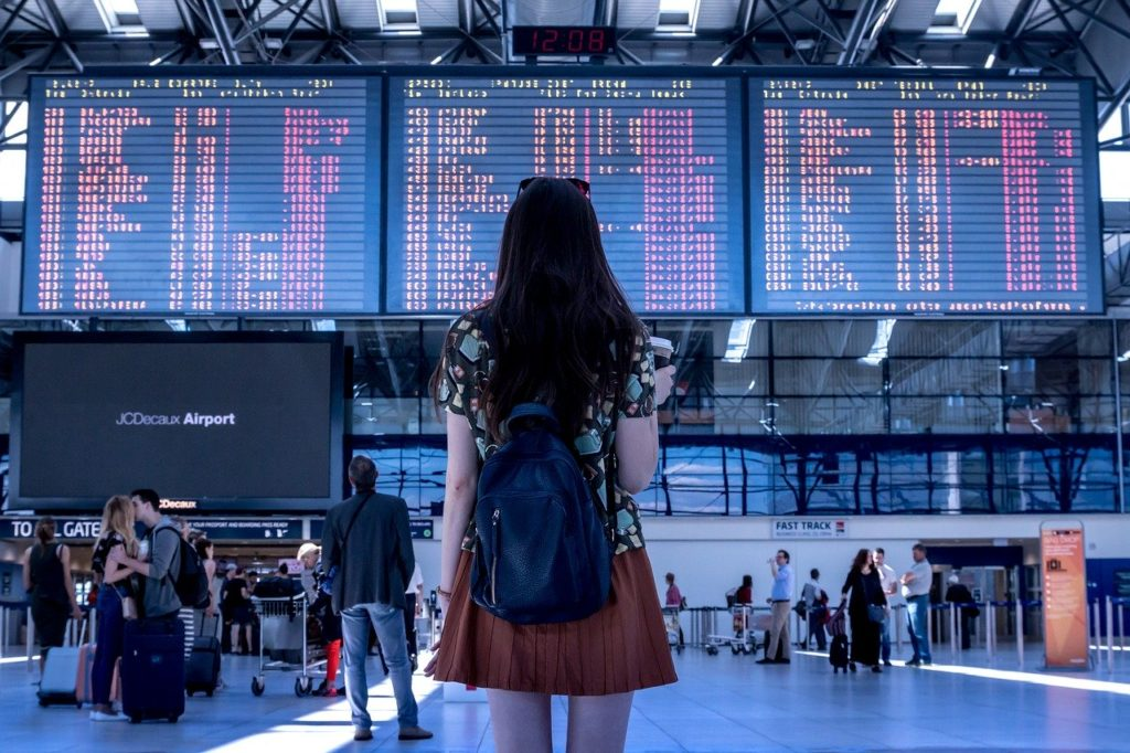 Chi torna, chi resta: tre giovani valsusini raccontano la loro odissea internazionale