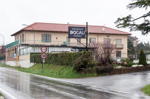 """Il ristorante """"I Dogali"""" di Giaveno dona 900 euro di spesa a Omega Onlus"""