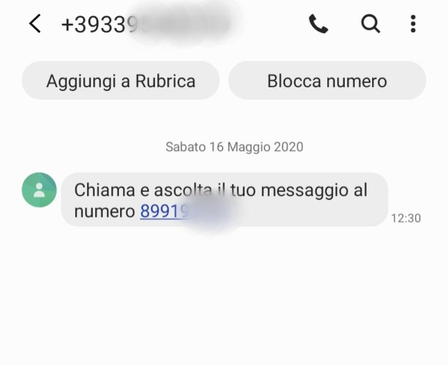 Occhio agli sms truffa che rimandano a numeri a tariffazione speciale
