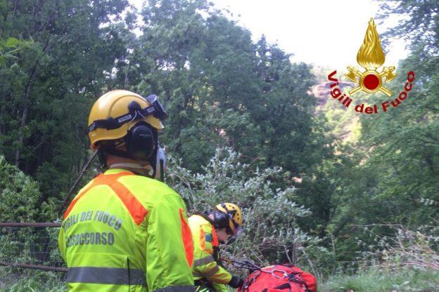Uomo cade in un torrente in Val di Susa: soccorso dai Vigili del Fuoco