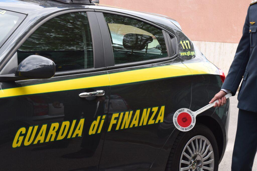 Valsusa. La Finanza sequestra 10mila mascherine non certificate