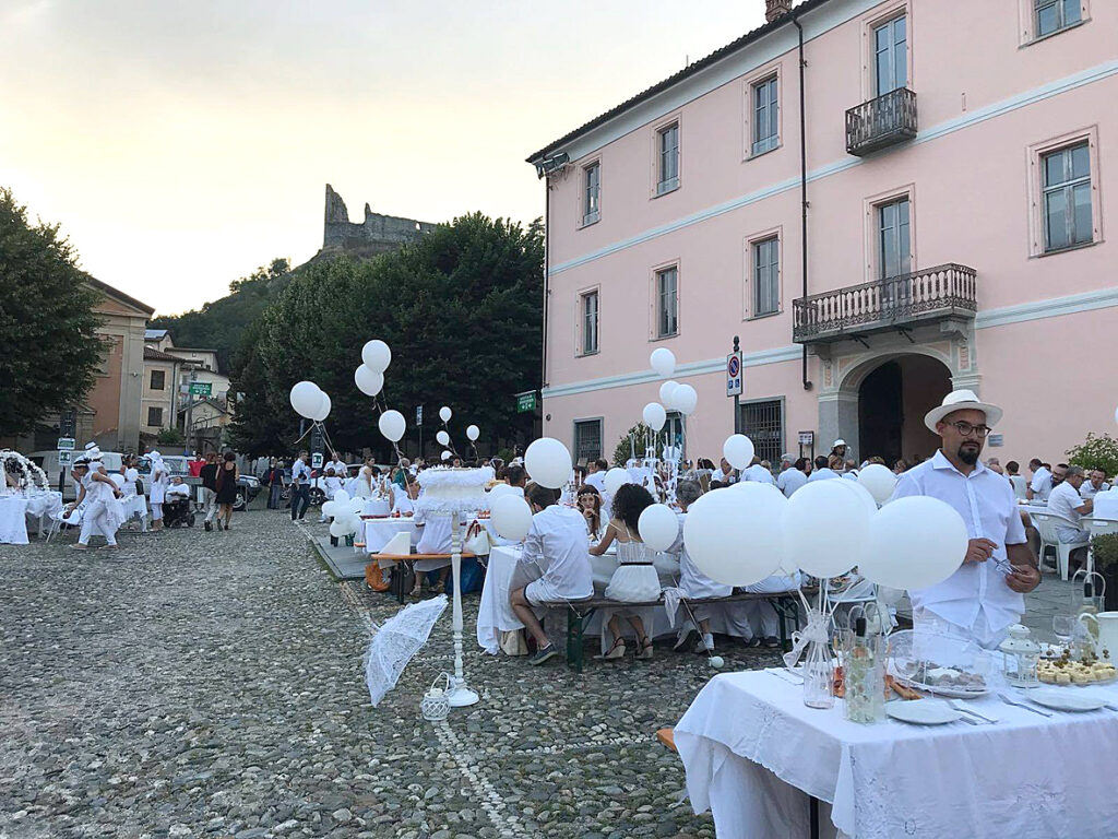 Avigliana, la Cena in Bianco cambia location