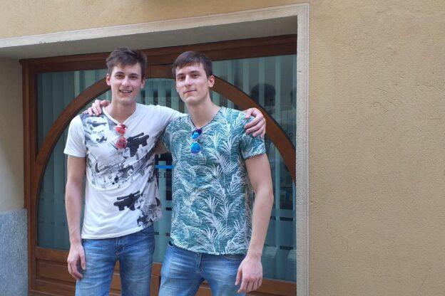 Giaveno, doppio cento alla Maturità per i due gemelli Alessio e Stefano Falco