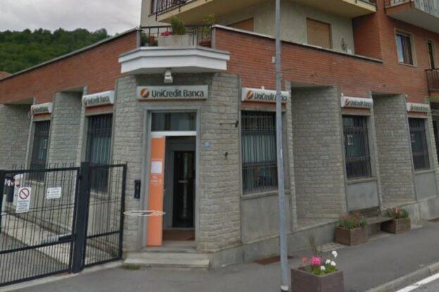 Coazze, chiude il servizio di cassa della banca Unicredit