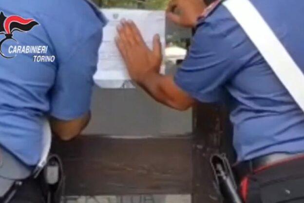 Rivoli, i Carabinieri sequestrano un circolo ricreativo: 4 indagati per tentata estorsione