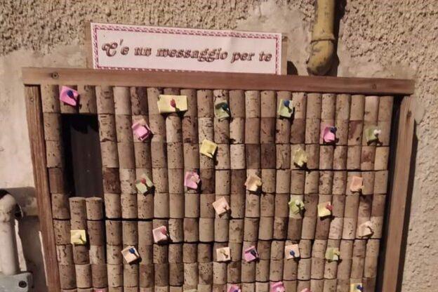 A Sangano c'è il Muro del Pensiero Positivo