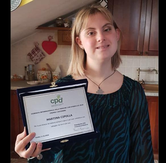 """Il Premio """"3 Dicembre"""" a Martina Cipolla per la sua tenacia e il suo impegno civile"""