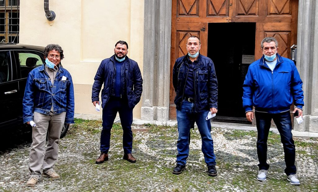 I lavoratori Alcar di Vaie dall'Arcivescovo Nosiglia