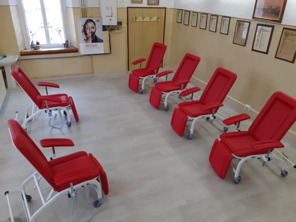 Nella sede Fidas di Sant'Antonino-Vaie sei nuove poltrone per le donazioni