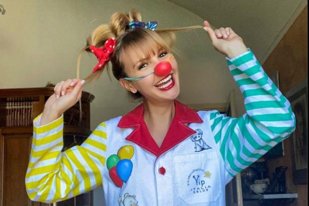 Oulx, Elisa Genovese: dalle sfilate di moda alla clownterapia