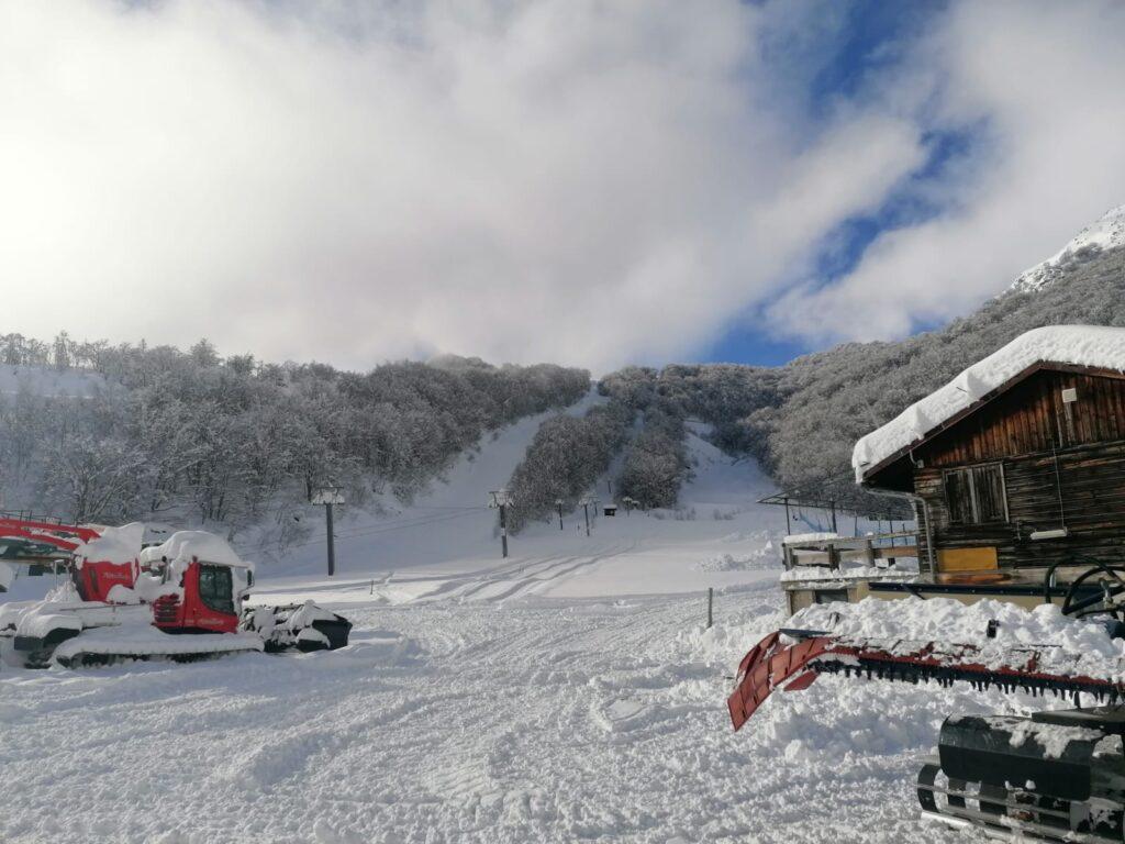 A Pian Neiretto la neve non manca, ora si spera nella possibilità di aprire