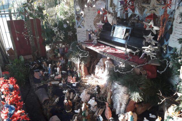 Sangano, un pianoforte come grotta per il presepe di San Lorenzo