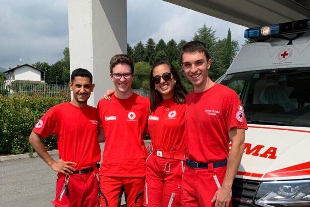 AAA cercansi quattro ragazzi al servizio (civile) della Croce Rossa di Giaveno