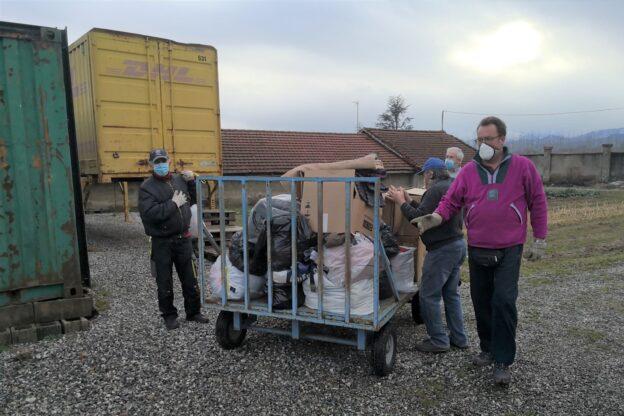 Anche il Sermig di Cumiana in aiuto dei migranti bloccati al gelo in Bosnia