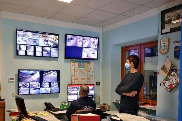 Installate nuove telecamere a Sauze d'Oulx: serviranno per la sicurezza dei cittadini
