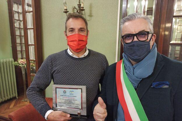 Giaveno, una targa per Cesare Zacchetti, primo fra gli italiani alla Dakar 2021