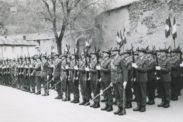 Trent'anni fa l'addio degli Alpini alla città di Susa