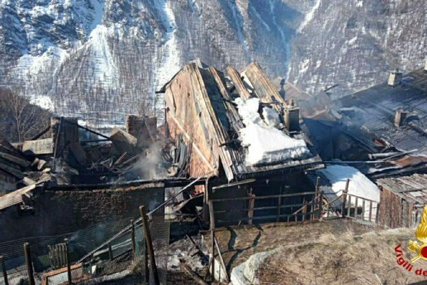 Incendio a Bessen Haut: la Casa Alpina promuove una raccolta fondi