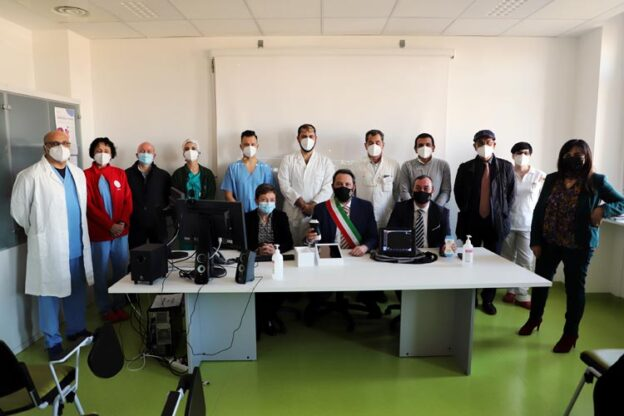 Il Comune di Grugliasco ha donato due sonde ecografiche senza fili all'ospedale di Rivoli