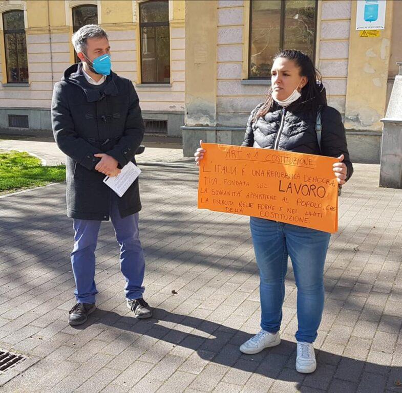 """Condove, gli ambulanti """"extralimentari"""" protestano: """"Vogliamo lavorare"""""""