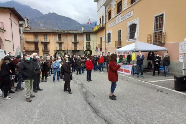 """Bussoleno, presidio """"statico"""" di solidarietà per Dana Lauriola"""