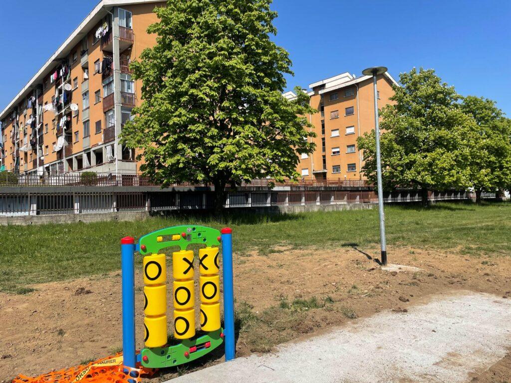 Alpignano, nuovi giochi per bambini al parco Aldo Moro