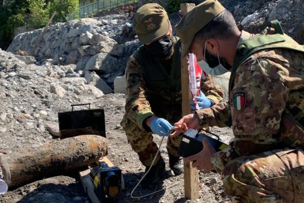 Gli artificieri dell'Esercito hanno disinnescato una granata rinvenuta a Oulx