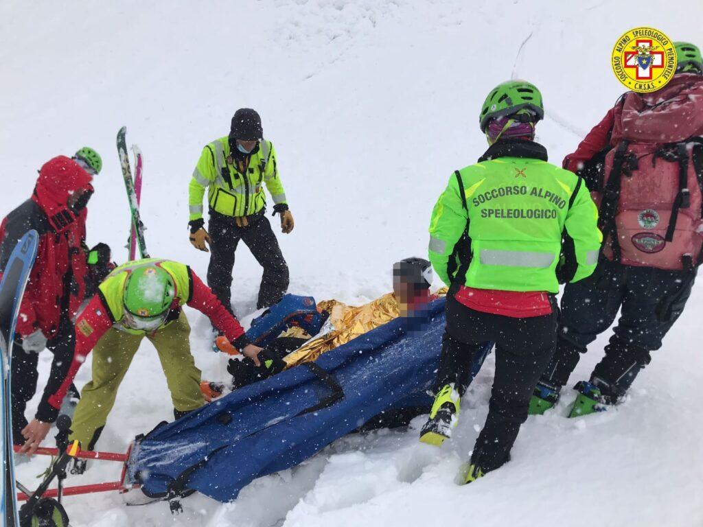 Sestriere, è in salvo lo scialpinista che si era ferito cadendo