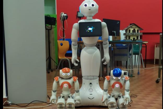 Susa, al Ferrari si va a scuola con Nao, robottino umanoide