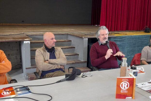 """Bussoleno, Marco Ponti e Christian Hill hanno presentato il libro """"Ribelli, Resistenza, Rock'n'roll"""""""