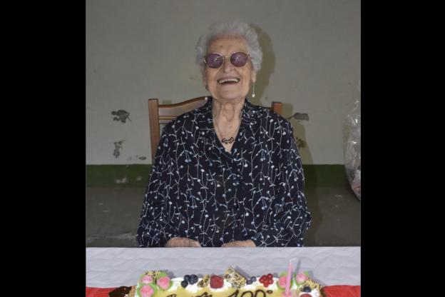 """San Giorio ha festeggiato Corinna Viglietti, la centenaria """"social"""""""