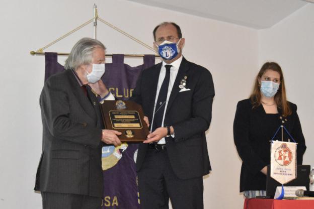 Bardonecchia, il Lions Club ha premiato il dottor Pierangelo Giorio