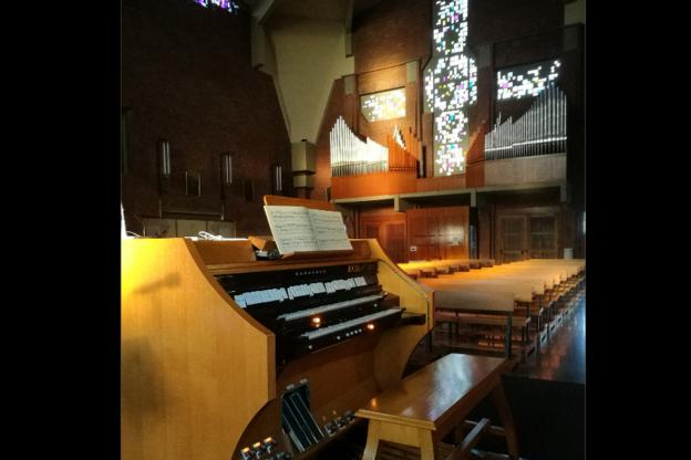 Almese, l'organo della chiesa parrocchiale compie mezzo secolo