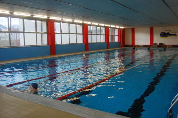 """Giaveno, la piscina comunale non aprirà prima di settembre: """"motivi economici"""""""