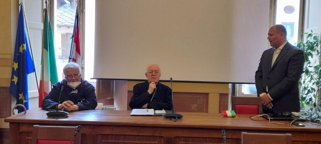Susa, l'arcivescovo Nosiglia incontra gli amministratori della città
