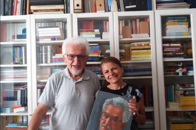 Bruno Gambarotta dona il suo ritratto realizzato da Alessandri