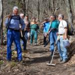 Borgone, 22 volontari ripristinano 20 chilometri di sentieri