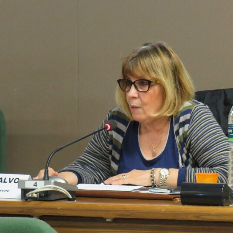 Giaveno, la dottoressa Vincenza Calvo NON va in pensione