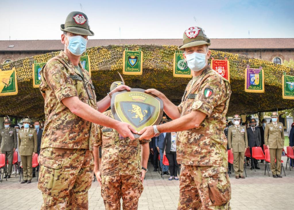 """Il generale Nicola Piasente è il nuovo comandante della """"Taurinense"""""""