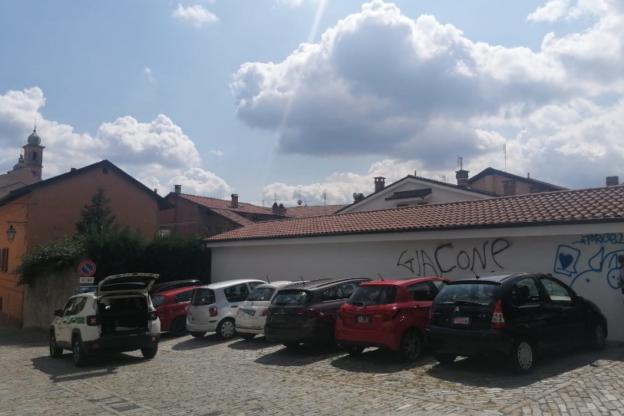 Giaveno, stretta sugli atti vandalici: si rischiano multe fino a 500 euro