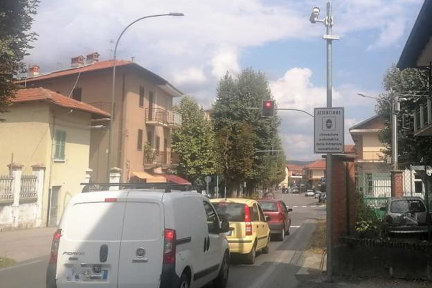 Giaveno, una multa al giorno dal T- red di via Coazze