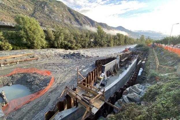 Borgone, ponte sulla Dora chiuso per lavori della centrale
