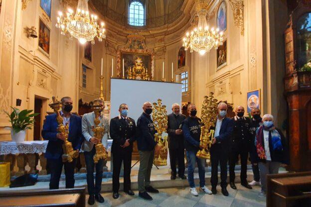 Chiusa di San Michele: una cerimonia per la riconsegna dei preziosi candelabri rubati
